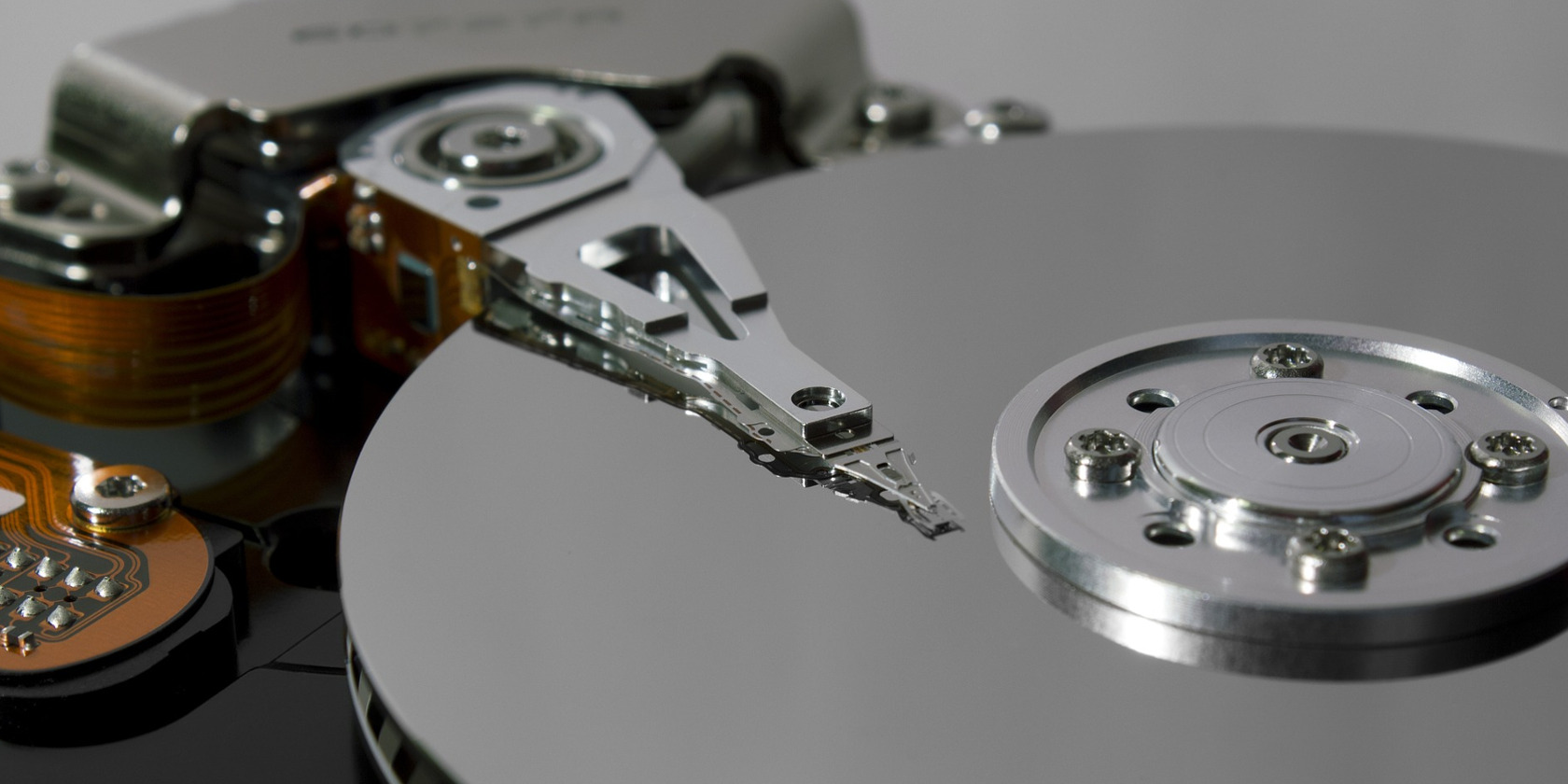 Showa Denko to Commence Prototype Production of Next-Generation HDD