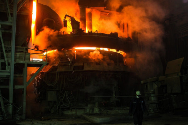 Japanese Blast Furnace Manufacturers Turn to CO2 as Raw Material in Bid to Achieve Zero-Carbon Steel